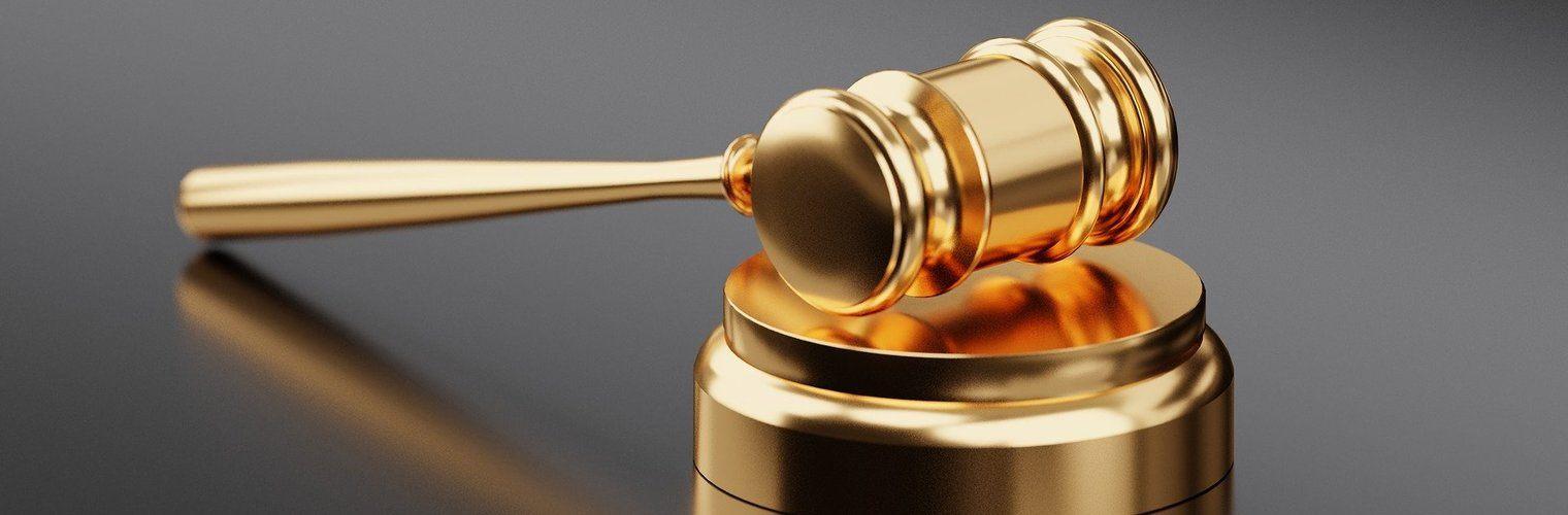 Адвокатските услуги